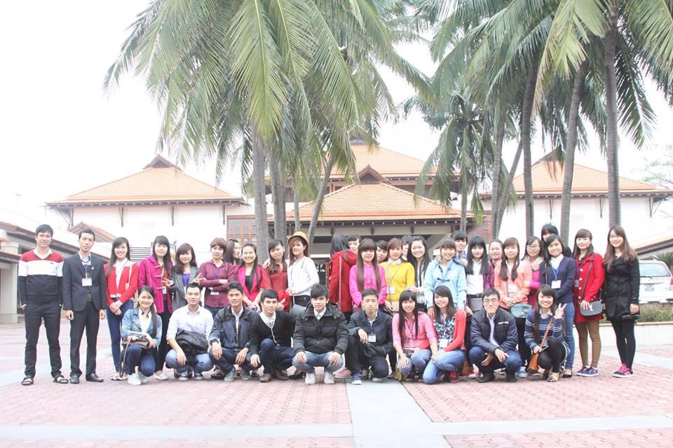 Khoa Ngoại ngữ – Quản trị – Du lịch tổ chức tham quan thực tế ngành quản trị kinh doanh