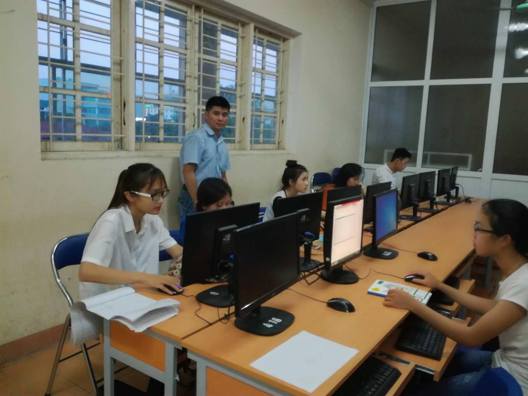 Khai giảng lớp Tin học văn phòng theo chuẩn MOS khóa K2-2017