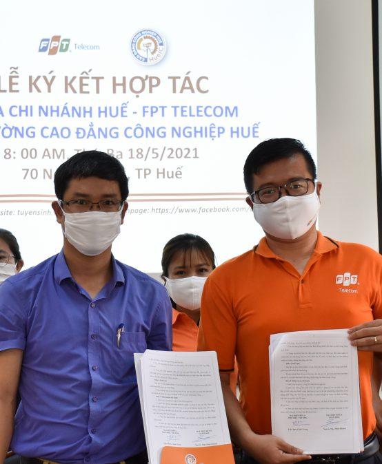 HueIC: Ký kết hợp tác với Chi nhánh Huế, Công ty cổ phần viễn thông FPT