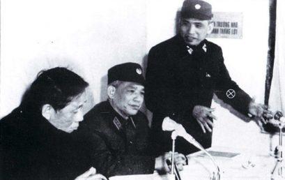 """Trung tướng Lê Văn Tri-Tư lệnh """"mặt trận trên cao"""""""